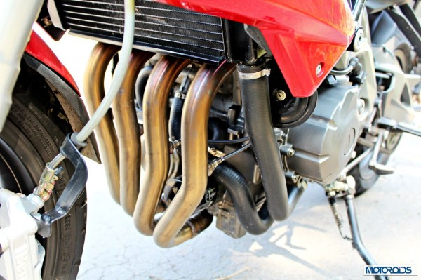 Benelli-BN600i-exhaust-header