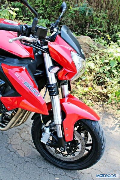 Benelli-BN600i-front-end