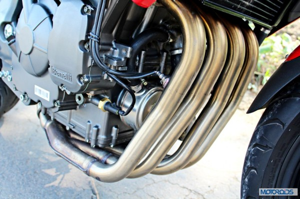Benelli-BN600i-header-exhaust