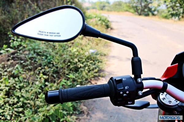 Benelli-BN600i-left-handlebar
