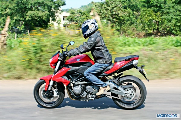 Benelli-BN600i-moving-left