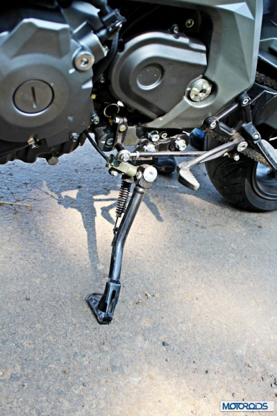Benelli-BN600i-side-stand