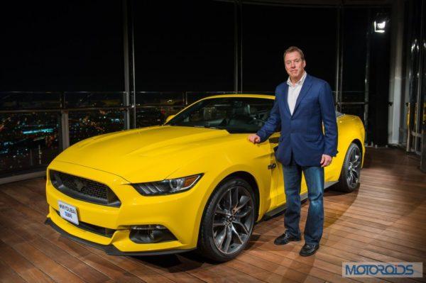 Ford-Mustang-unveiled-on-Burj-Khalifa-1