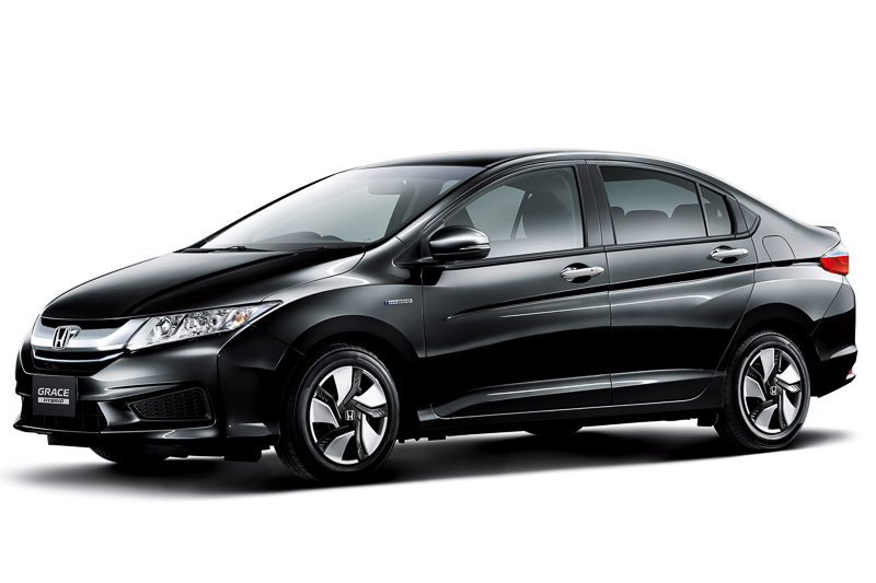 Honda City based Grace Hybrid (4)