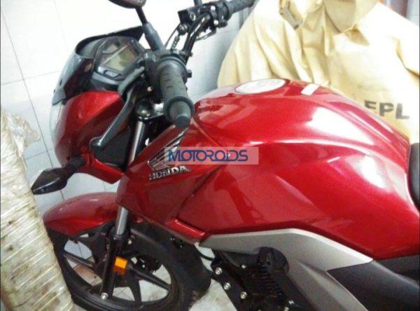 Honda-Unicorn-160-Spied-In-Noida (3)