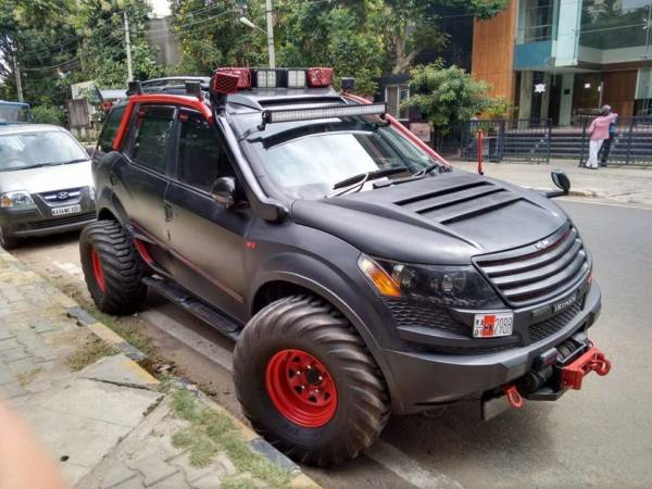 Intrepid a XUV500 based remorseless, unabashed brawn (3)
