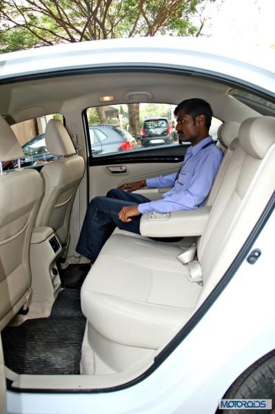 Maruti Suzuki Ciaz backseat (1)