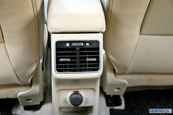 Maruti Suzuki Ciaz backseat (3)