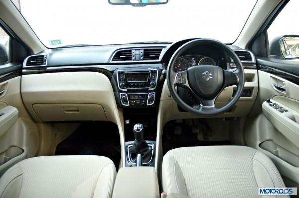 Maruti Suzuki Ciaz center console (2)