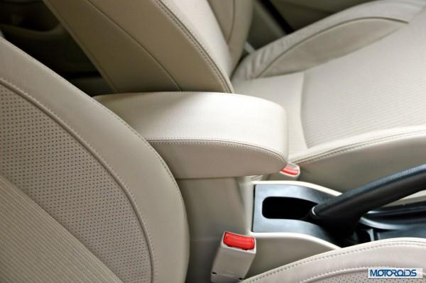 Maruti Suzuki Ciaz interior (15)