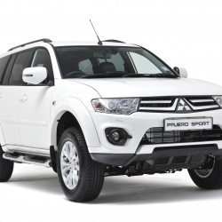 Mitsubishi Pajero Sport 4×2 AT launched; priced at Rs 23.55 lakh