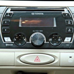 New 2014 Toyota Etios center console (1)