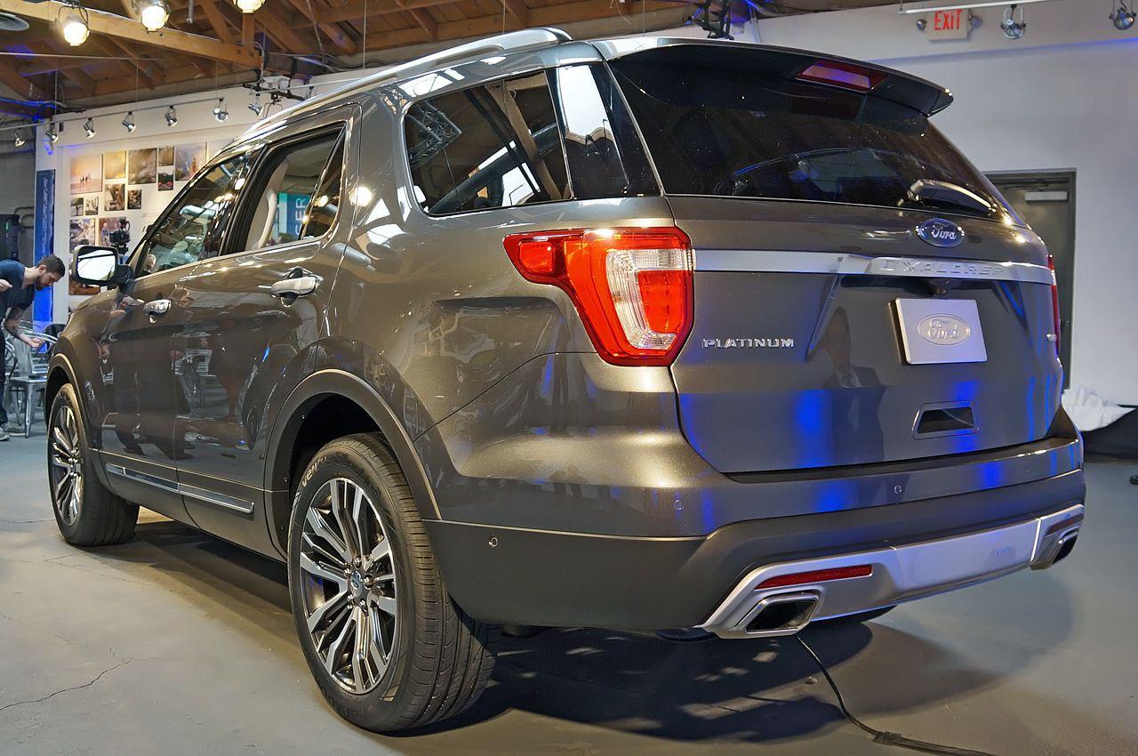 ford explorer revealed at los angeles motor show motoroids 2018 ford ...