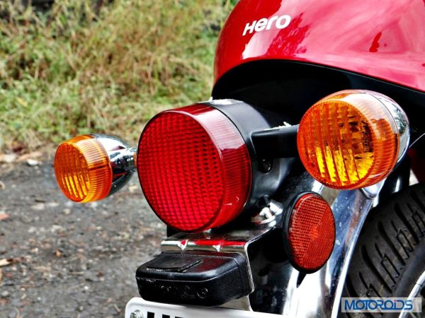 New-Hero-Splendor-Pro-Classic-Review-Tail-Light