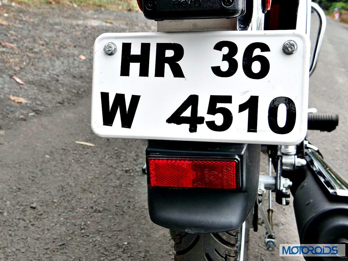New Hero Splendor Pro Classic Review rear Number Plate