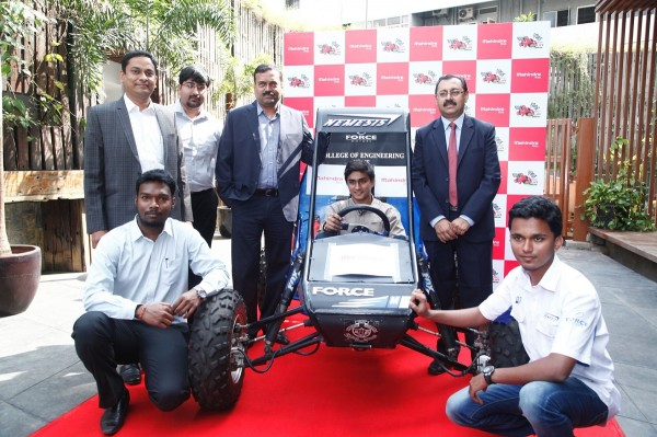 Participating team along with the Organizing Committee of Mahindra presents BAJA SAEINDIA 2015 press conference in Pune