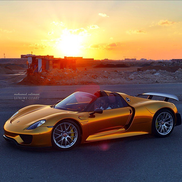 Meet A Custom Wrapped Porsche 918 Spyder With Some Serious