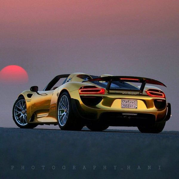 Porsche-918-Spyder-Gold-Wrapped-Final-4