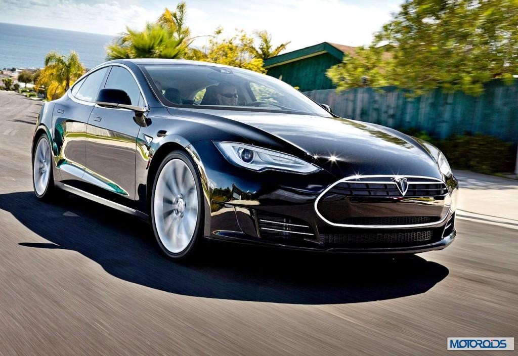 Tesla Model S (4)