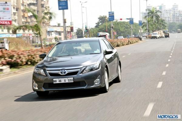 Toyota Camry Hybrid (10)