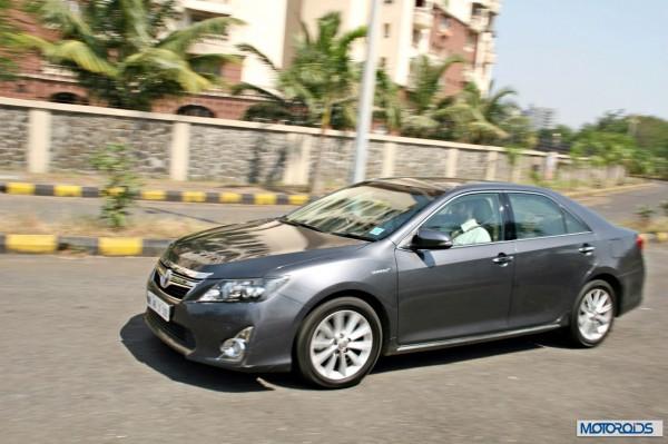 Toyota Camry Hybrid (4)