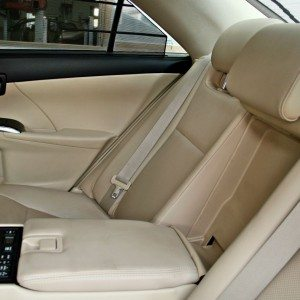 Toyota Camry Hybrid Seats (4)