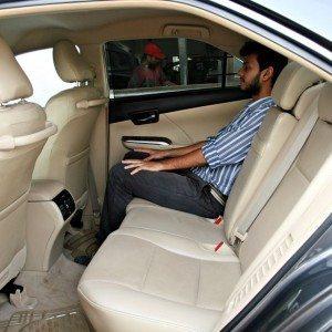 Toyota Camry Hybrid Seats (5)
