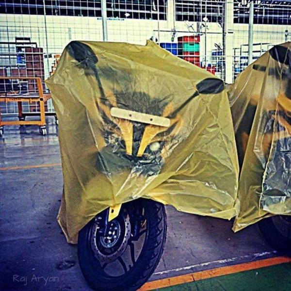 Upcoming-Bajaj-Pulsar-200-SS-ABS