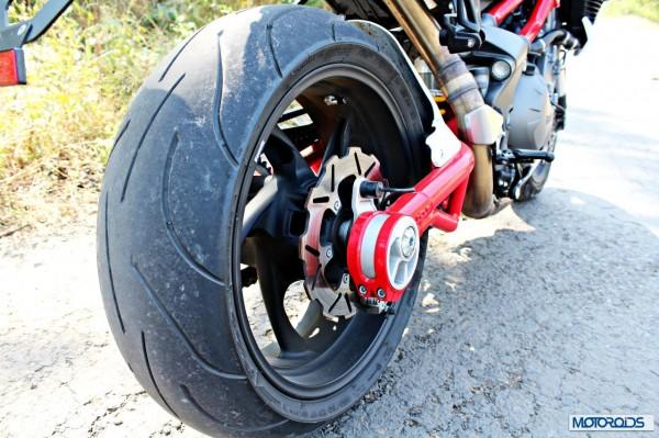 benelli-tnt-899-rear tyre
