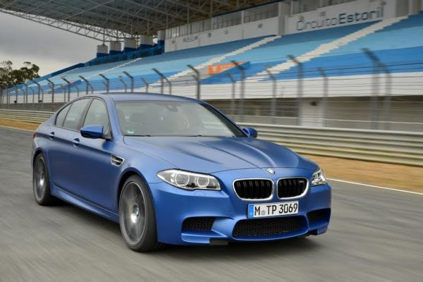 face-lifted BMW M5 (1)