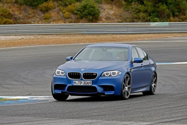 face-lifted BMW M5 (3)