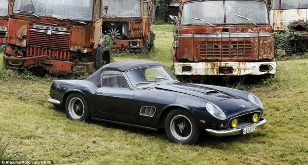 1961 Ferrari 250 GT SWB California Spider found in french barn