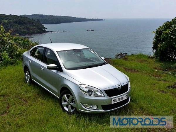 2015 Skoda Rapid TDI Manual (13)