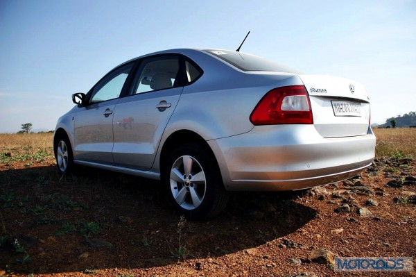 2015 Skoda Rapid TDI Manual (23)