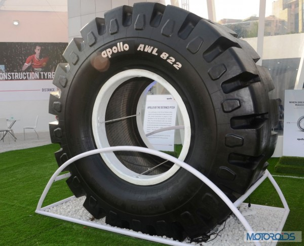 Apollo - AWL 822 - India's largest loader tyre at IMME 2014 (1)