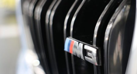 BMW M3 grille (1)