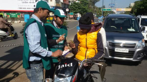 Bridgestone India Aims to Make Indore Roads Safer this Holiday Season (5)
