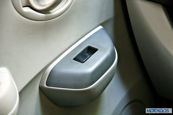 Datsun GO+power window switch