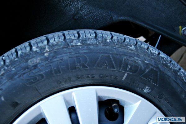 Datsun GO+tyre