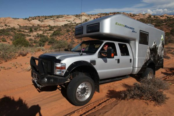 EarthRoamer XV LT expedition vehicle (4)