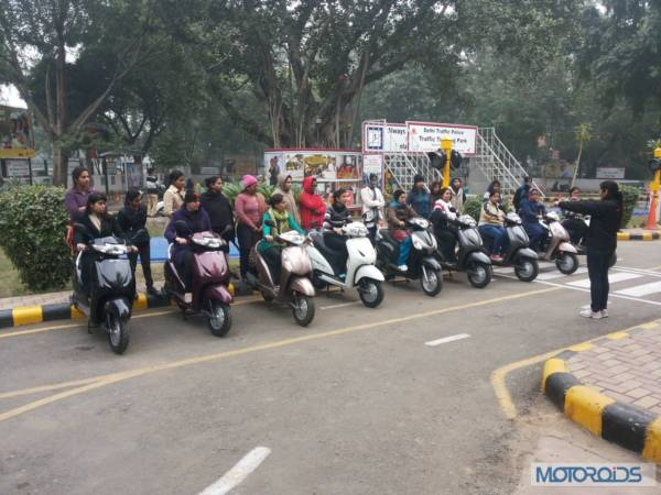 Honda-Dream Riding-training-at-Honda-Traffic-Training-Park-Delhi (1)