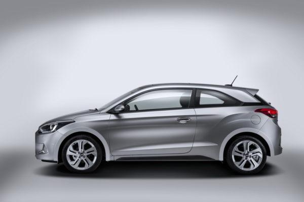 Hyundai i20 Coupe (4)
