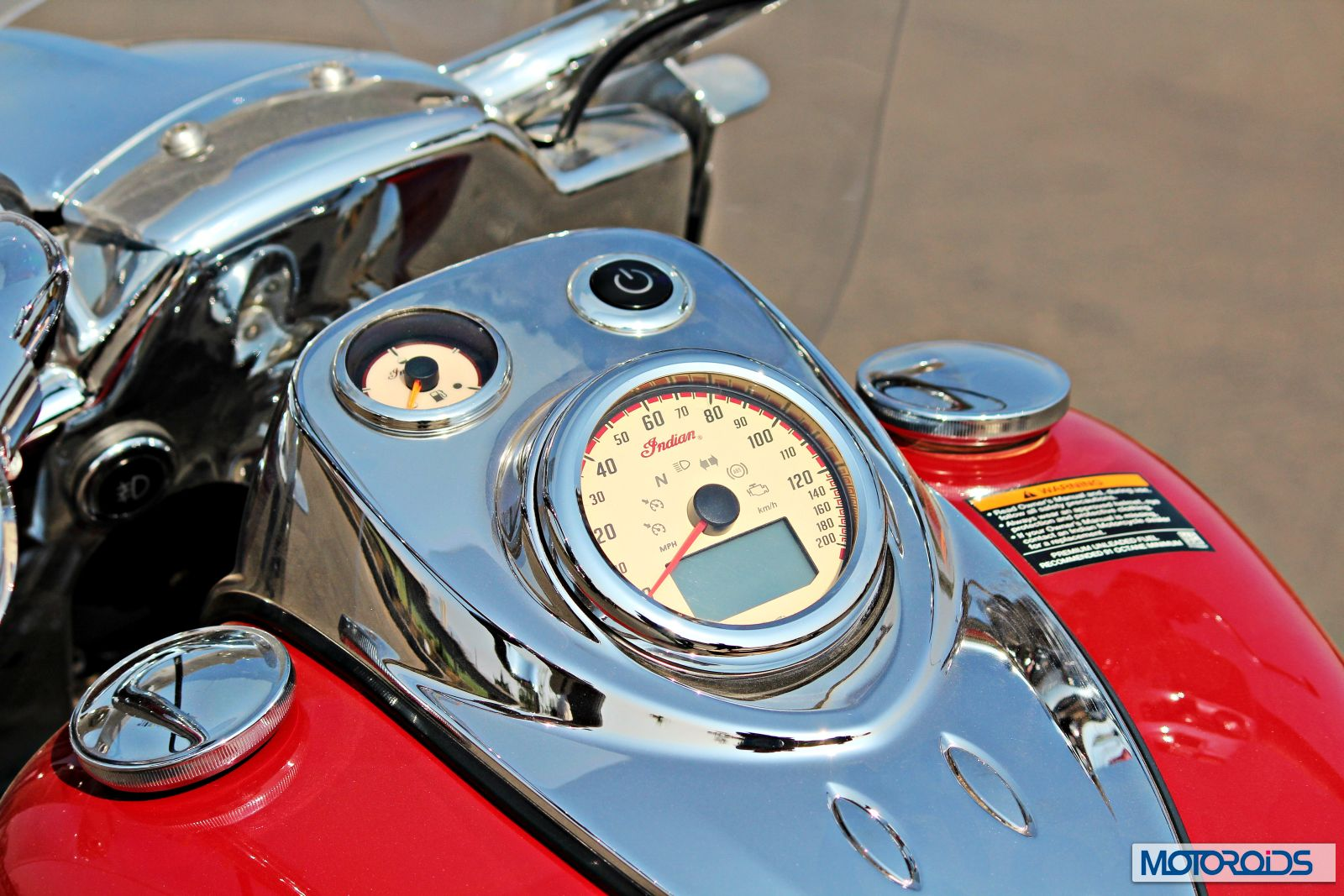 Indian Chief Vintage Review - Details - Instrument Cluster - 2