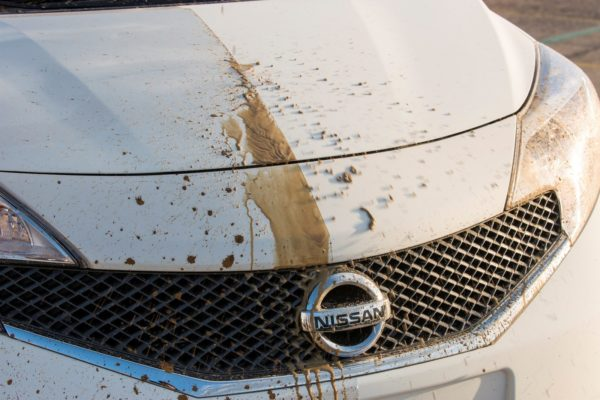 Nissan Self Cleaning Car (5)
