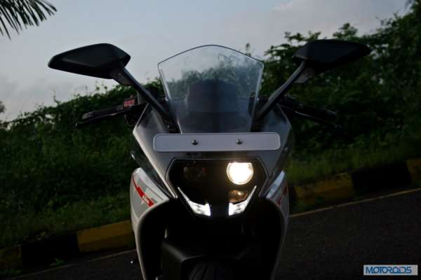 Riding Tips - Headlight - 1