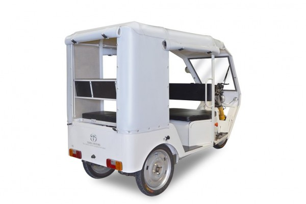 Terra Motors R6 electric three wheeler