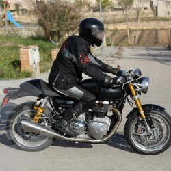 Triumph Cafe Racers spied in Spain