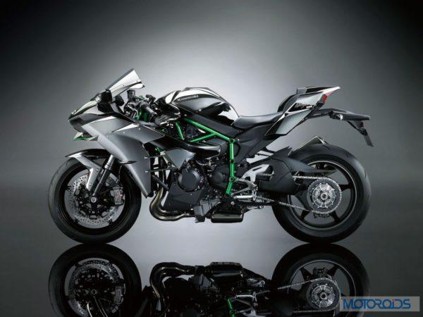 Upcoming Motorcycles 2015 - Kawasaki Ninja H2 (4)