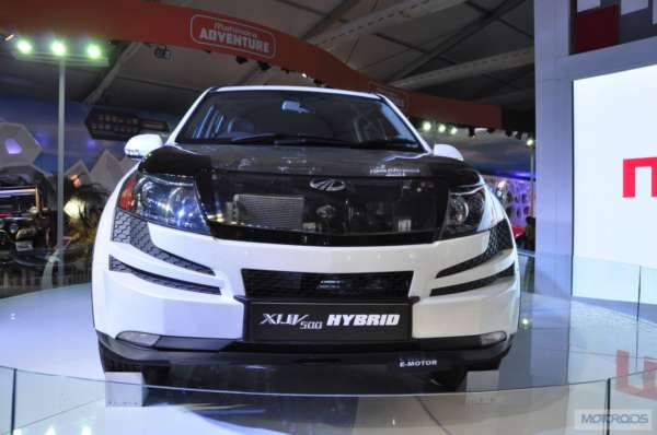 Upcoming cars 2015 Mahindra XUV500 HYbrid