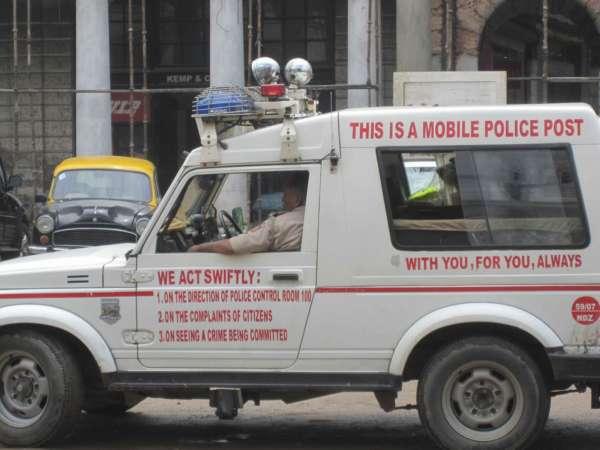 cop cars in India (2)